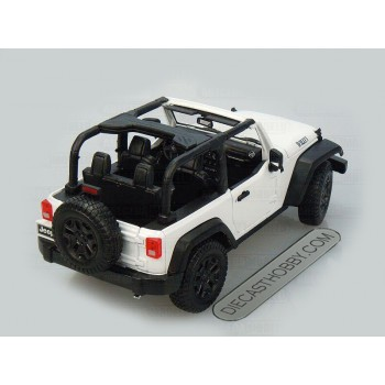 2014 Jeep Wrangler (Special Edition) by Maisto 1:18 (White)